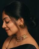 ahana-krishnakumar-new-photos-in-black-saree-04-002