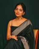 ahana-krishnakumar-new-photos-in-black-saree-04-005