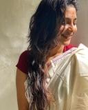 1_aishwarya-lekshmi-photos-hd-002