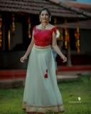Anikha-surendran-new-onam-2021-photoshoot-