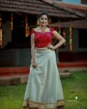 Anikha-surendran-new-onam-2021-photoshoot-001