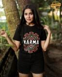 anikha-surendran-new-photoshoot-in-black-shorts-001