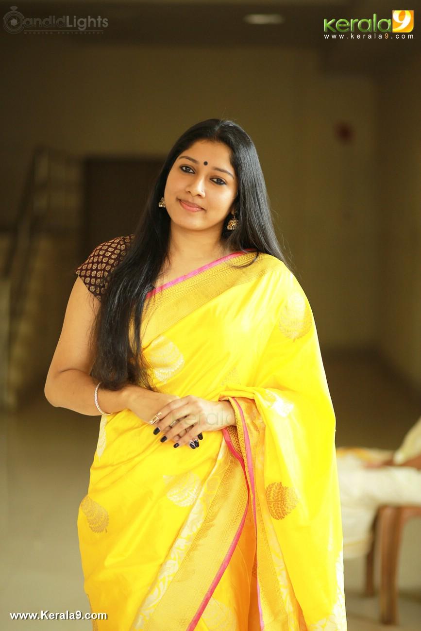 actress-anumol-latest-photos-0242