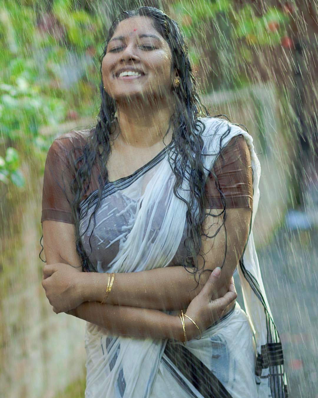 anumol-latest-photos-09983-188