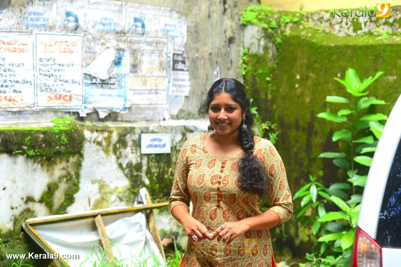 malayalam-actress-anumol-latest-photos-00173