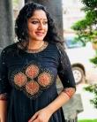 actress anumol new photos