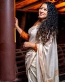 anumol-latest-photos-in-saree-006