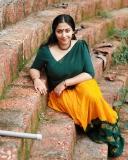anu-sithara-new-photos-in-half-saree-0321-001