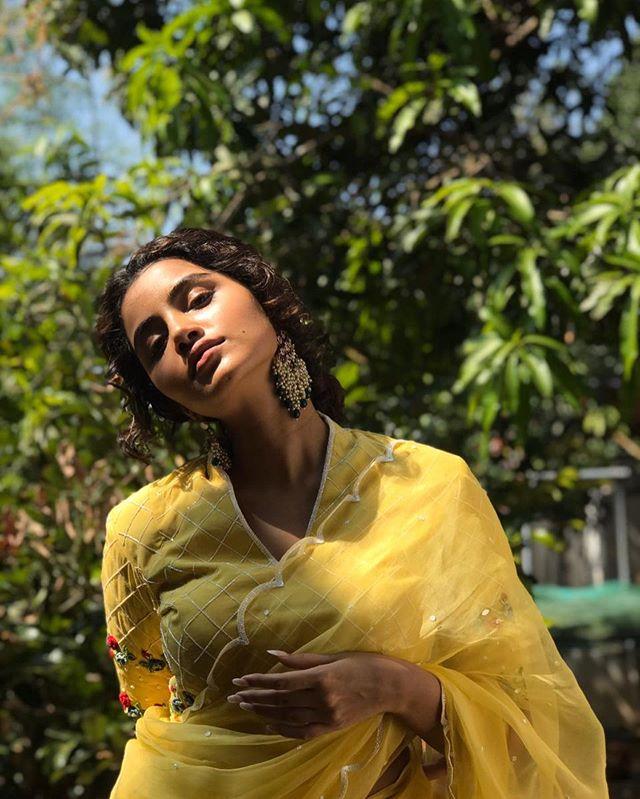 anupama parameswaran latest images2165-003