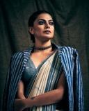anusree-modern-saree-look-new-photos-001