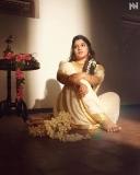 aparna-balamurali-latest-photoshoot-in-onam-saree-2021-001
