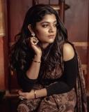 aparna-balamurali-new-fashion-photoshoot-005