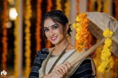 deepti-sati-latest-onam-photoshoot-in-kerala-saree