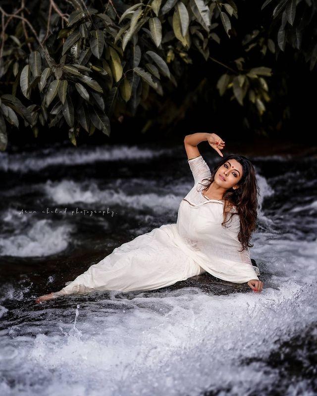 durga-krishna-saree-photos-009