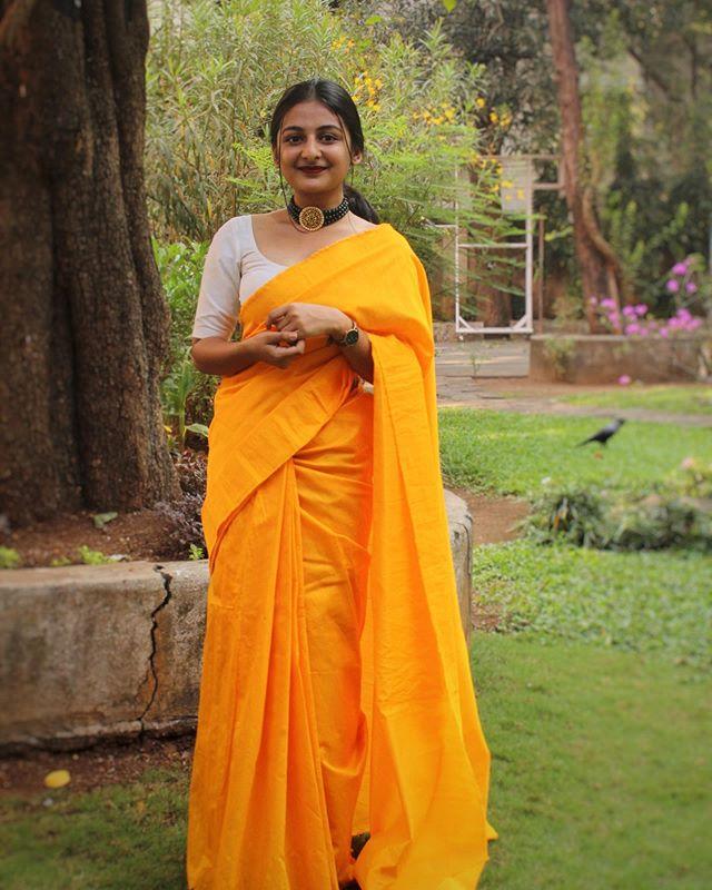 esther anil saree photos3213-001