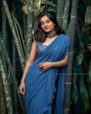 esther-anil-new-photos-in-blue-saree-002
