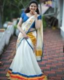 honey-rose-latest-photos-in-kerala-saree-09-001