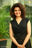 malayalam-actress-honey-rose-latest-photos-0837-00998