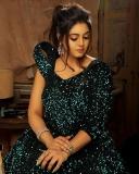 actress-iniya-latest-photoshoot-hd-images-004