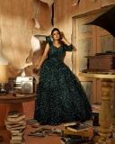 actress-iniya-latest-photoshoot-hd-images-007