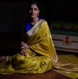 isha-talwar-photos-in-saree-002