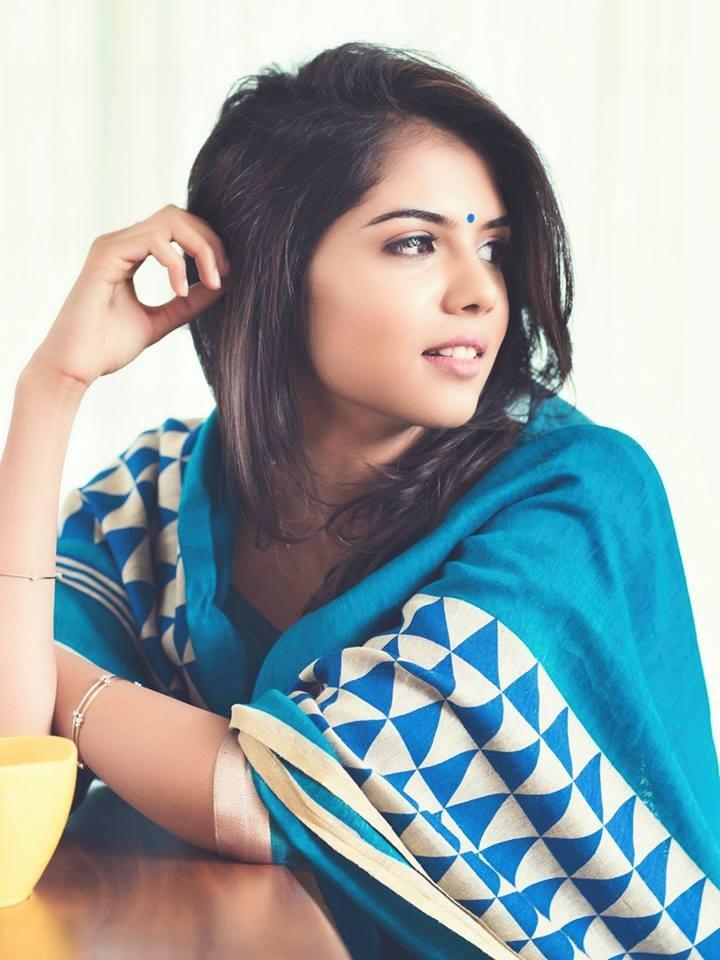kalyani-priyadarshan-latest-photos-01635