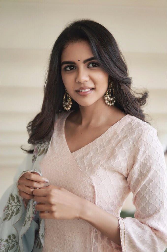 kalyani priyadarshan latest images-3
