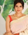 actress kalyani priyadarshan new onam kerala saree photos-007