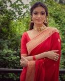 keerthi-suresh-red-saree-photos-002