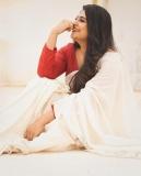 actress-manjima-mohan-onam-kerala-saree-photos