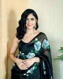 mrunal-thakur-new-black-saree-photos