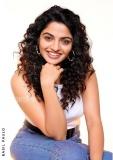actress-nikhila-vimal-latest-photos-010