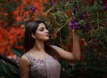 nikhila-vimal-latest-photos-in-saree-032-001
