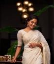 nikhila vimal new look-007