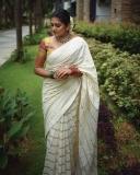 nimisha-sajayan-new-photoshoot-pics-02-005
