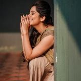 1_niranjana-anoop-latest-photos-004