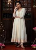 niranjana-anoop-latest-photos-in-onam-2021-Cotton-Anarkali-002