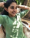 1_nivetha-thomas-photos-in-saree-002