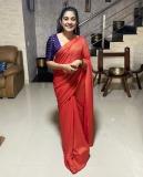 1_nivetha-thomas-photos-in-saree