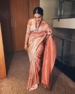 nivetha-thomas-photos-in-saree-004