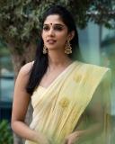 nyla-usha-latest-photos-in-kerala-onam-saree-001