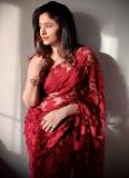 3_poonam-bajwa-pictures