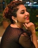 poornima-indrajith-new-model-dress-photos-005