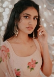 1_priya-prakash-varrier-new-photos