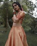priya-prakash-varrier-new-photoshoot-in-onam-pavada-and-top-001