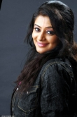 7043actress_priyamani_new_photos_99-001