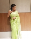priyamani saree photos new 4512-6