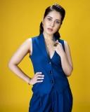 rashi-khanna-latest-hd-photos