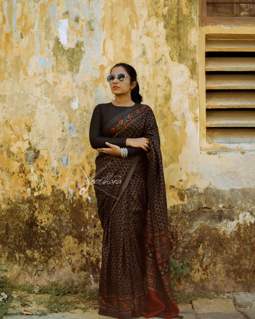 actress rajisha vijayan images0120-17
