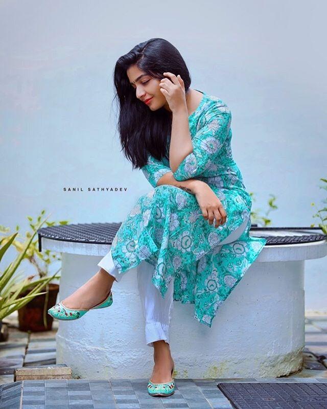 rajisha vijayan photo gallery4501-003